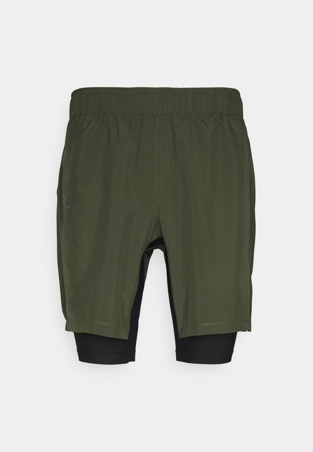 TWINSKIN - Outdoorshorts - olive night