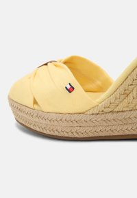 Tommy Hilfiger - ELENA - High heeled sandals - delicate yellow - 7