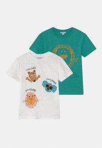 OVS - 3D EYES 2 PACK - Print T-shirt - snow white/peacock green - 0