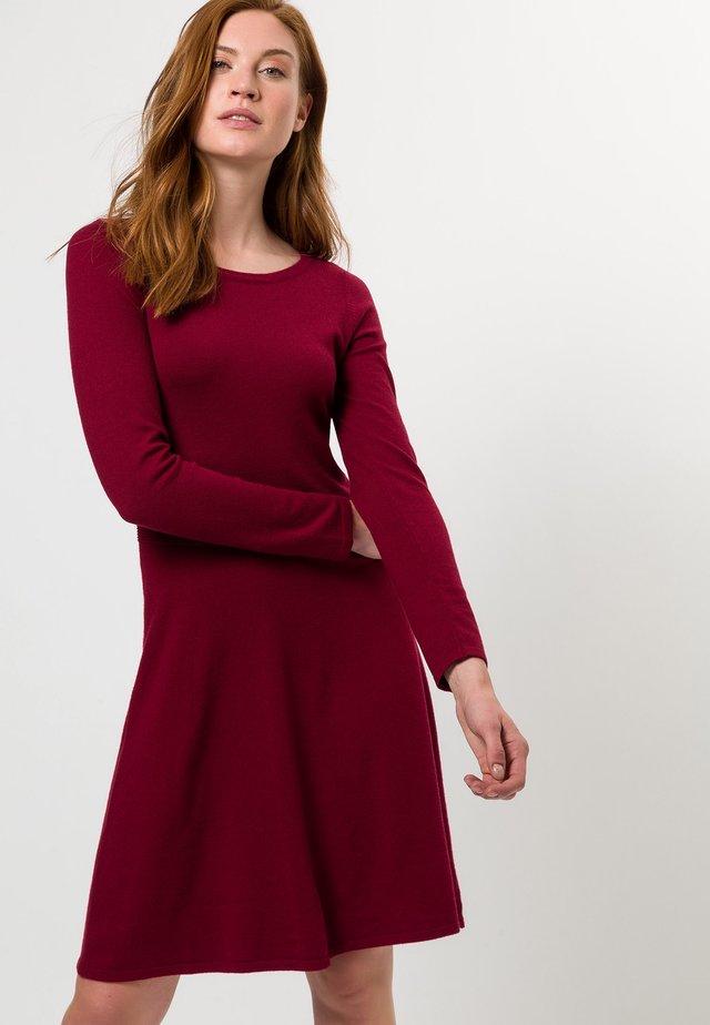 Jumper dress - claret red