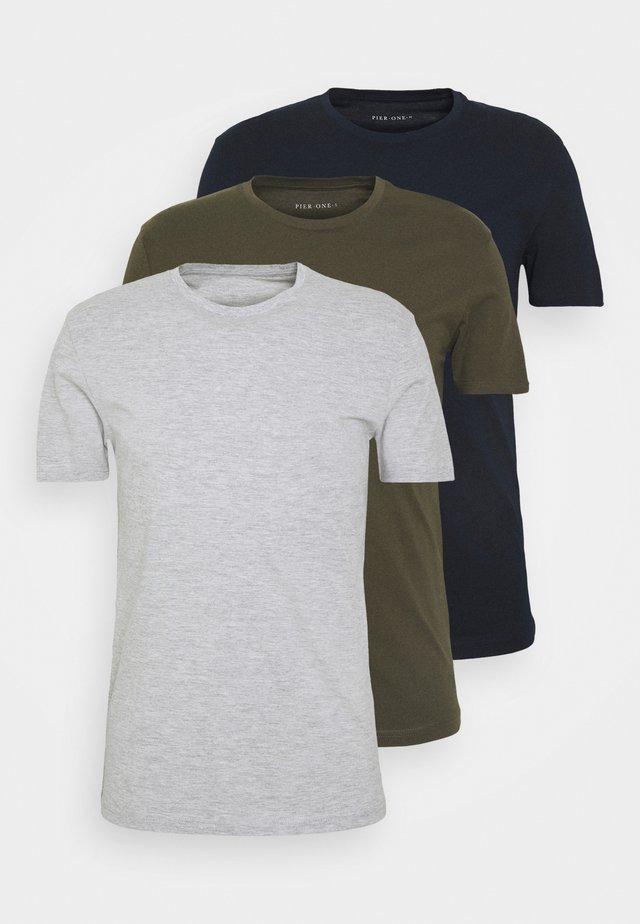 3 PACK - Basic T-shirt - olive/dark blue/grey
