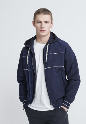 SUPERDRY HOODED SUMMER HOUSE BOMBER - Bomber Jacket - richest navy