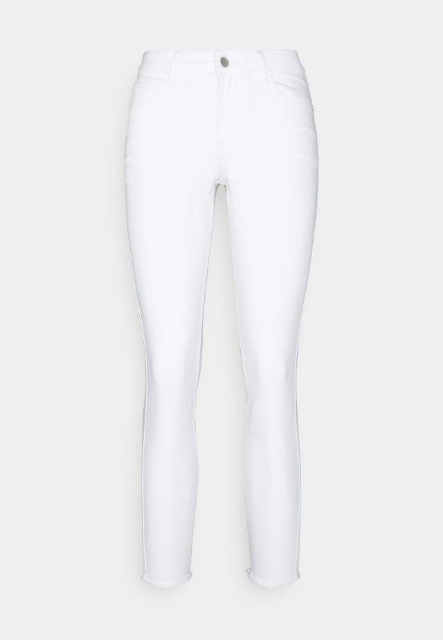 JDYSONJA LIFE ANK - Skinny džíny - white denim