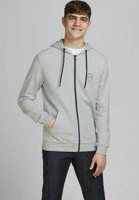 Jack & Jones - 2 PACK - Zip-up sweatshirt - navy blazer - 1