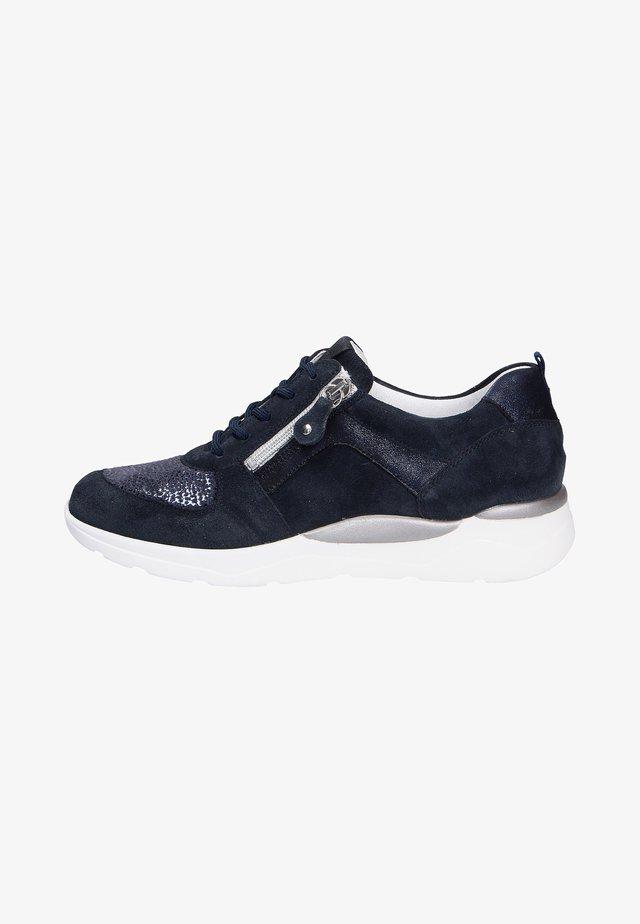 Sneakers laag - deepbluemarine (302)