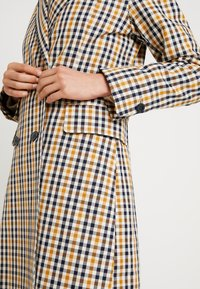 Second Female - WALLACE COAT - Zimní kabát - inca gold - 5