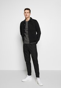 Be Edgy - FINN - Trousers - black - 1
