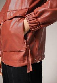 comma - Faux leather jacket - cinnamon - 1
