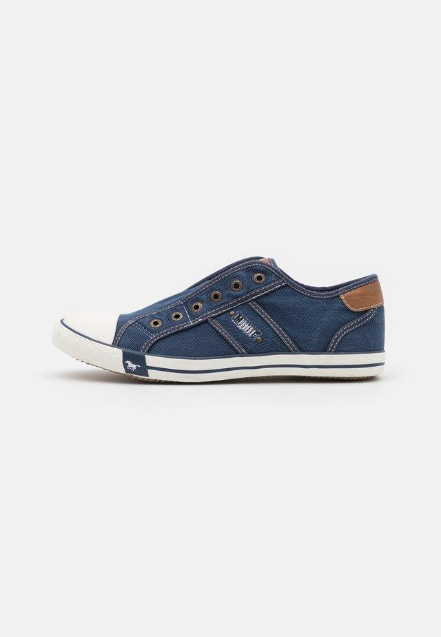 Nazouvací boty - jeansblau