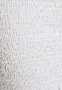 Glamorous - PUFF SLEEVE RUCHED CROP - Blus - white - 2