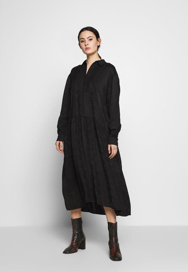 PETRINE DRESS - Abito a camicia - black
