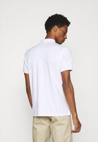Marc O'Polo - SHORT SLEEVE BUTTON - Polo shirt - white - 2