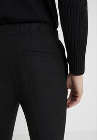 Bruuns Bazaar - CLEMENT CLARK PANT - Trousers - black - 4