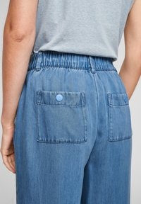 s.Oliver - LUCHTIGE - Straight leg jeans - blue lagoon - 4