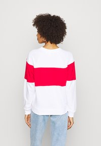 GAP - ORIGINAL CREW - Bluza - white - 2
