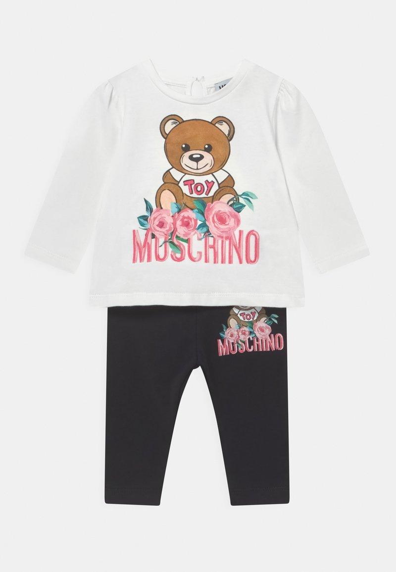 MOSCHINO - SET - Leggings - Trousers - cloud/black