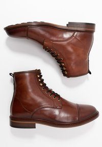 Shoe The Bear - CURTIS - Lace-up ankle boots - tan - 1