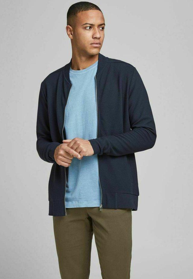 JPRGERAD ZIP CREW NECK - Cardigan - navy blazer