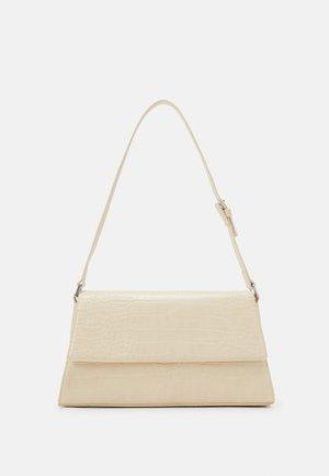 AMIRA BAG - Käsilaukku - beige