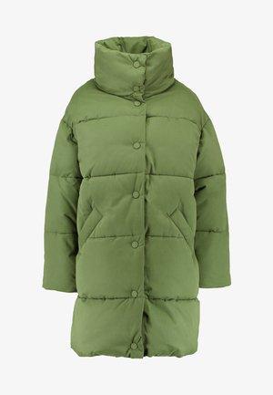 VICKAN - Vinterkåpe / -frakk - green dark