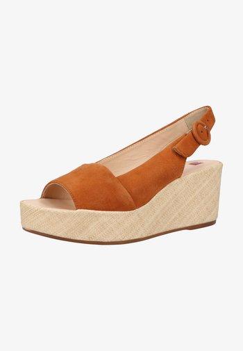 Wedge sandals - nut natur