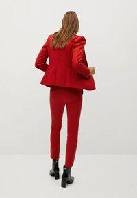 Mango - COFI7-N - Trousers - rouge - 2