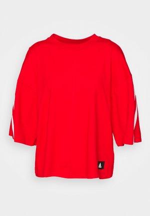 TEE - T-shirts print - vivid red