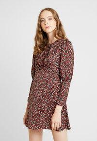 Topshop - MINI AUSTIN DRESS - Denní šaty - green - 0