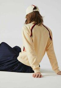Lacoste - Sweatshirt - beige - 3