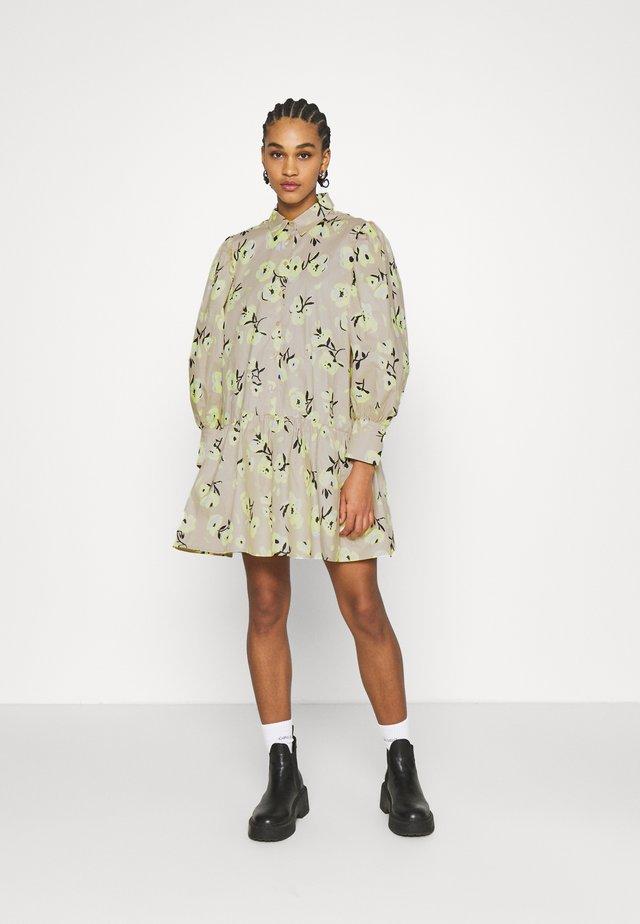 RYLEE DRESS - Shirt dress - beige/mischfarben