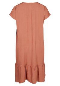 Zizzi - VMACY DRESS - Jerseyjurk - copper brown - 4