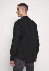 Tigha - OLE STRETCH - Overhemd - black - 2