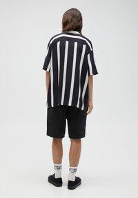 PULL&BEAR - Košile - black - 3