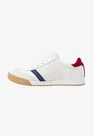 ZINGER - Sneaker low - white /red