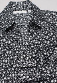 Eterna - Button-down blouse - black/white - 4
