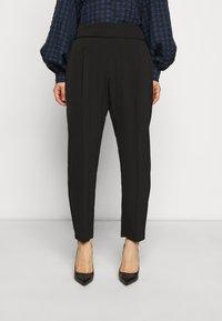 Wallis Petite - HENNA PULL ON - Trousers - black - 0