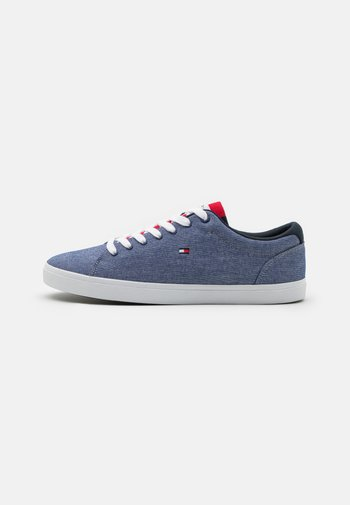 ESSENTIAL - Sneakers laag - yale navy