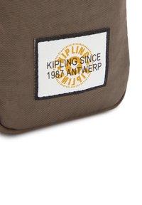 Kipling - Wallet - valley taupe bl - 5