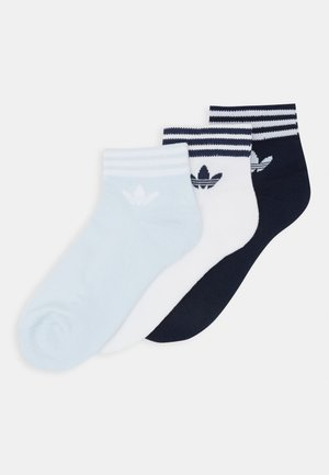 3 PACK - Chaussettes - white/light blue/navy