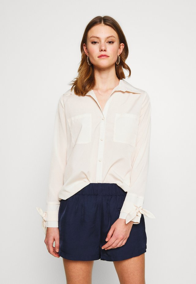 EXCLUSIVE MISSY - Blouse - cream