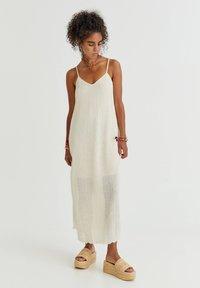 PULL&BEAR - Denní šaty - mottled beige - 0
