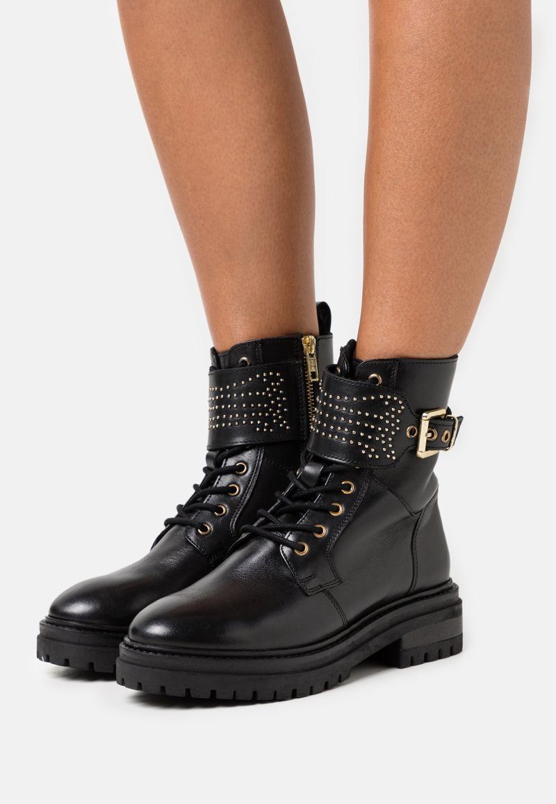 Copenhagen Shoes - TIME OF MY LIFE - Lace-up ankle boots - black