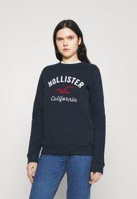 Hollister Co. - LOGO CREW - Sweatshirt - navy - 0