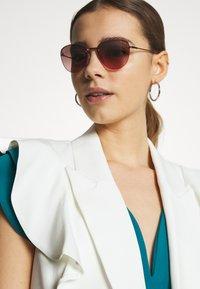 VOGUE Eyewear - Sunglasses - gold-coloured - 1
