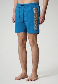 Napapijri - Swimming shorts - mykonos blue - 0