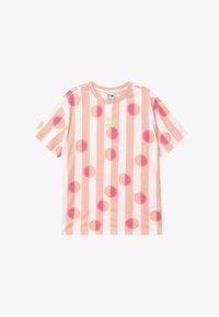Puma - CLASSICS TEE - Print T-shirt - pink - 2
