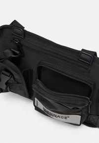 Mennace - CHEST RIG  - Bum bag - black - 2