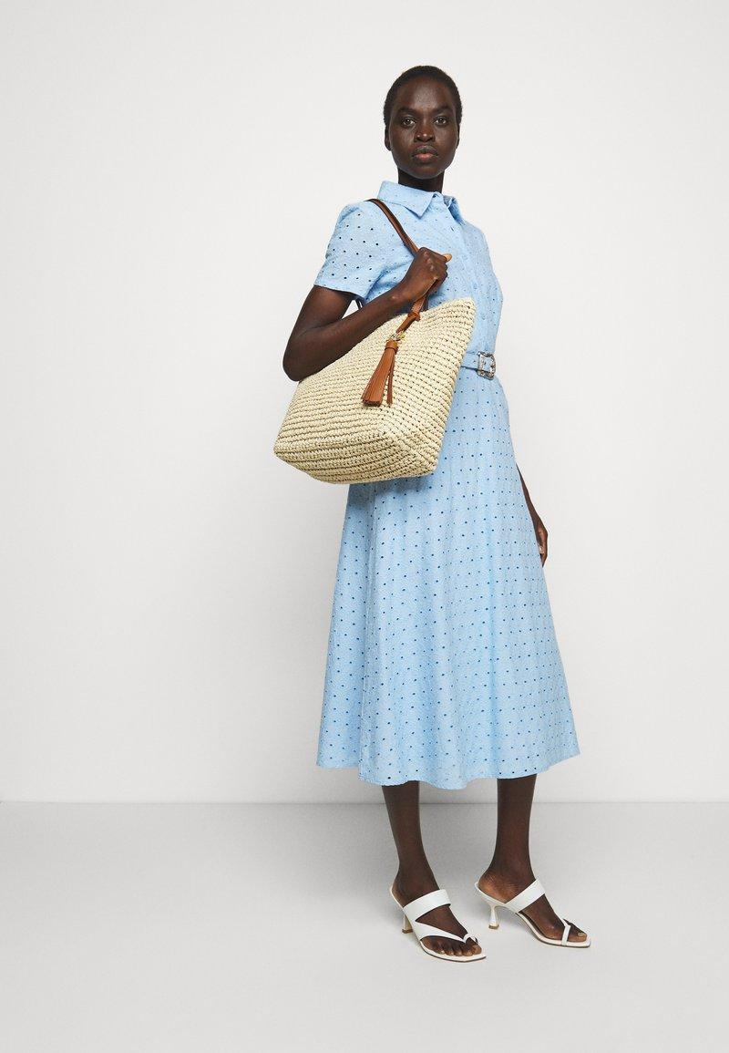 Lauren Ralph Lauren - CROCHET TOTE - Handbag - natural