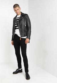 Diesel - SLEENKER - Slim fit jeans - 069ei - 1