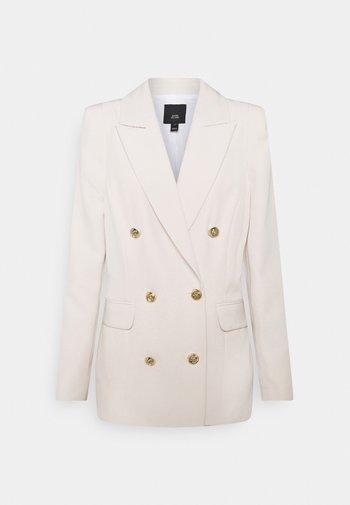 Short coat - bone